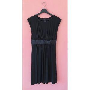 💥3 for $20💥 Vintage BCBG Satin Bow Dress